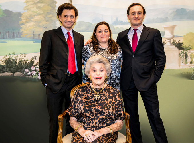 <p> </p> <p>Baroness Philippine de Rothschild and her children  : from left to right Philippe Sereys de Rothschild,  Camille Sereys de Rothschild, Julien de Beaumarchais de Rothschild.</p>